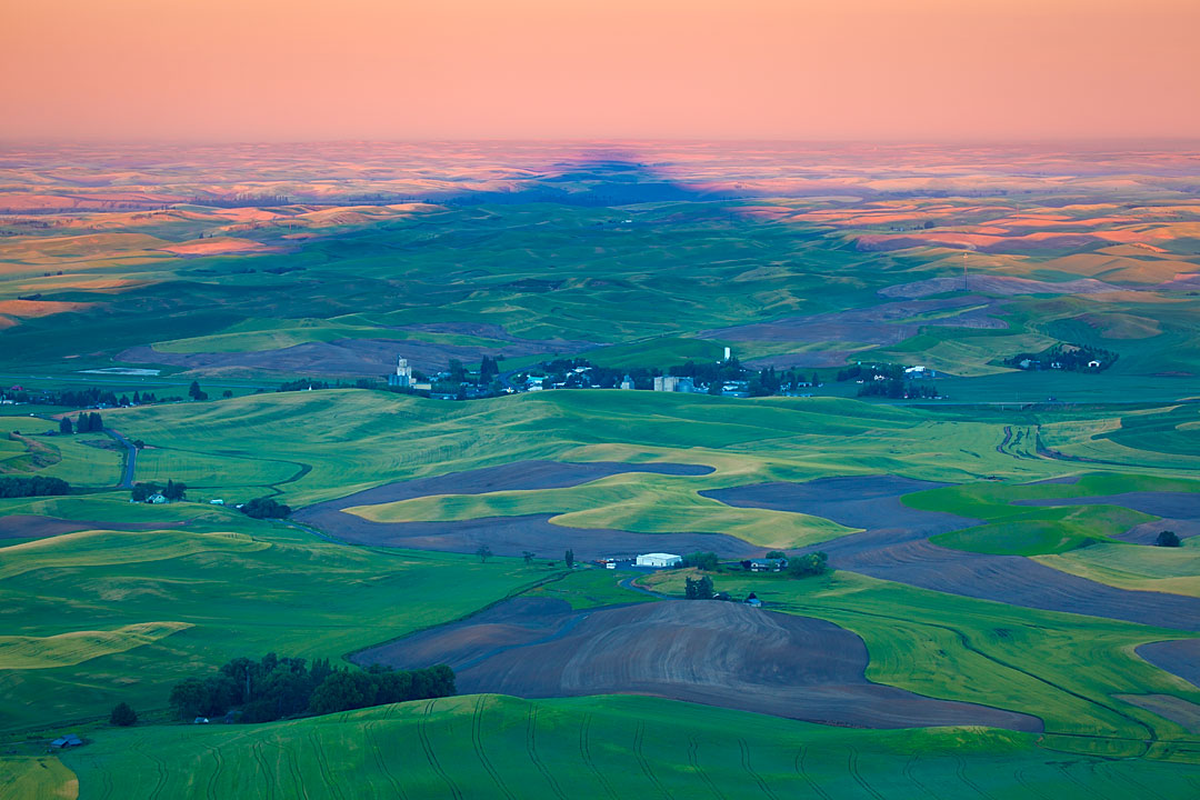 In a Shadow of Steptoe Butte